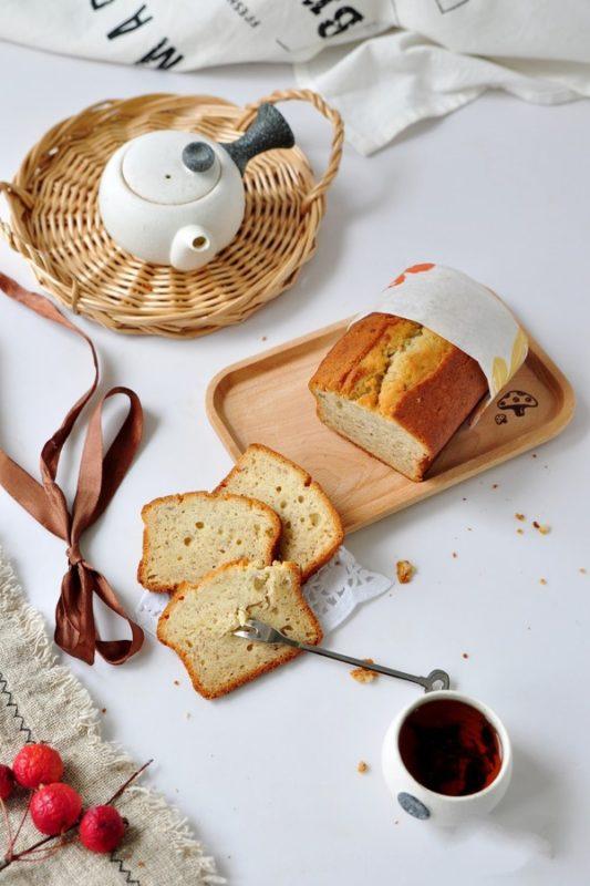 Tự làm bánh chuối xốp mềm theo cách thật đơn giản với máy đánh trứng