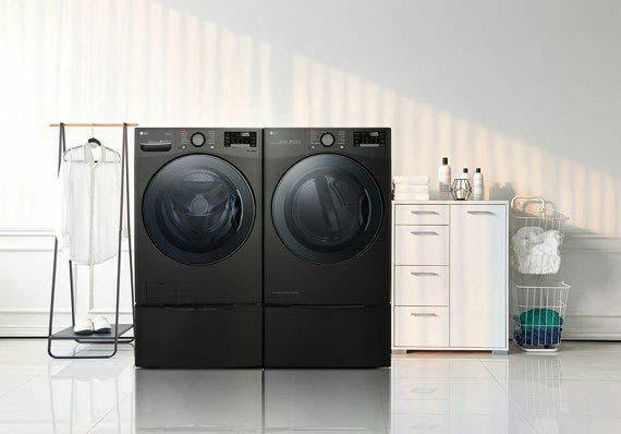 LG ra mắt máy giặt sấy và tủ chăm sóc quần áo thông minh mới